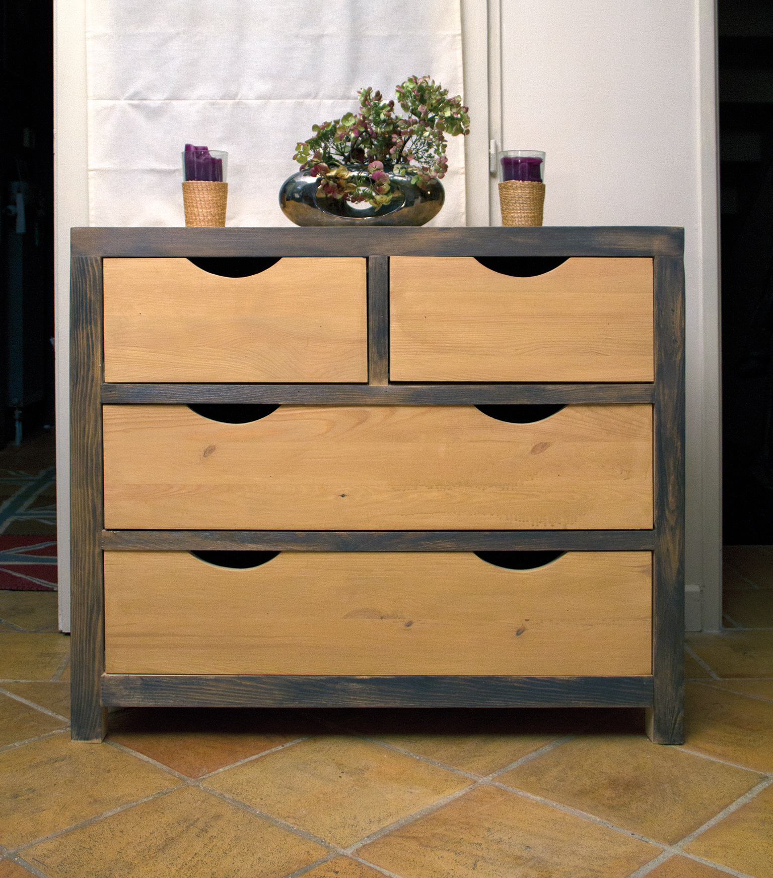 commode apr s huile bondex 1001 solutions bois. Black Bedroom Furniture Sets. Home Design Ideas