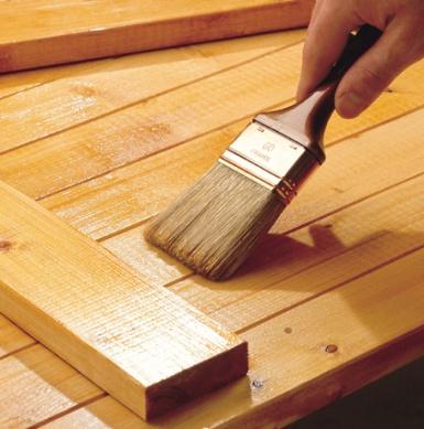 La lasure avec Bondex pour protéger les bois extérieurs